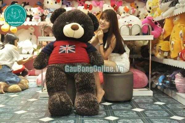 Gấu teddy áo len cờ anh