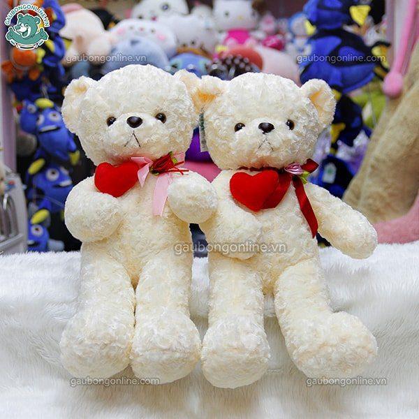 Teddy ôm tim lệch đỏ
